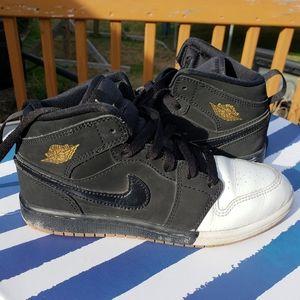 2Y Nike Air Jordan